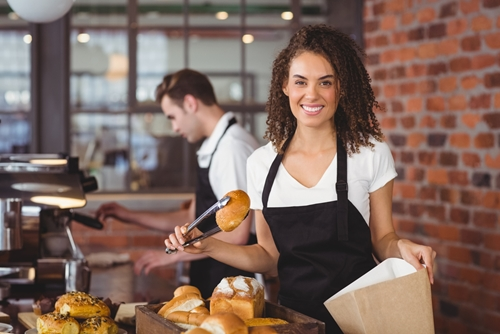 Predictive analytics can bring large restaurants and their patrons closer together.