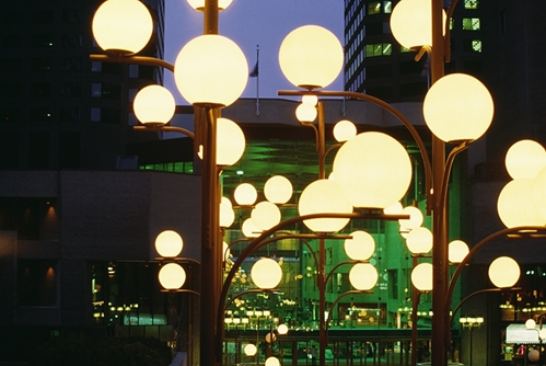 Overcoming the streetlight effect in big data