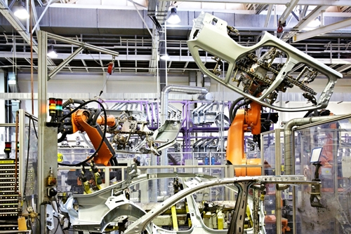Manufacturers harness the power of big data